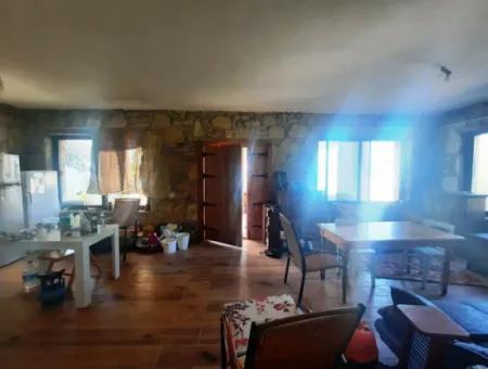 Muğla Dalyan Gökbelde Deniz Manzaralı Eşyalı Taş Ev Kiralık
