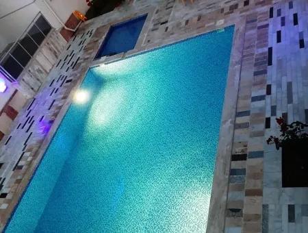 Muğla Ortacada Yüzme Havuzlu Satılık Lüks Daire
